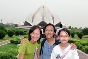 Robyn, Jin and Alvin at the Lotus Temple in Delhi